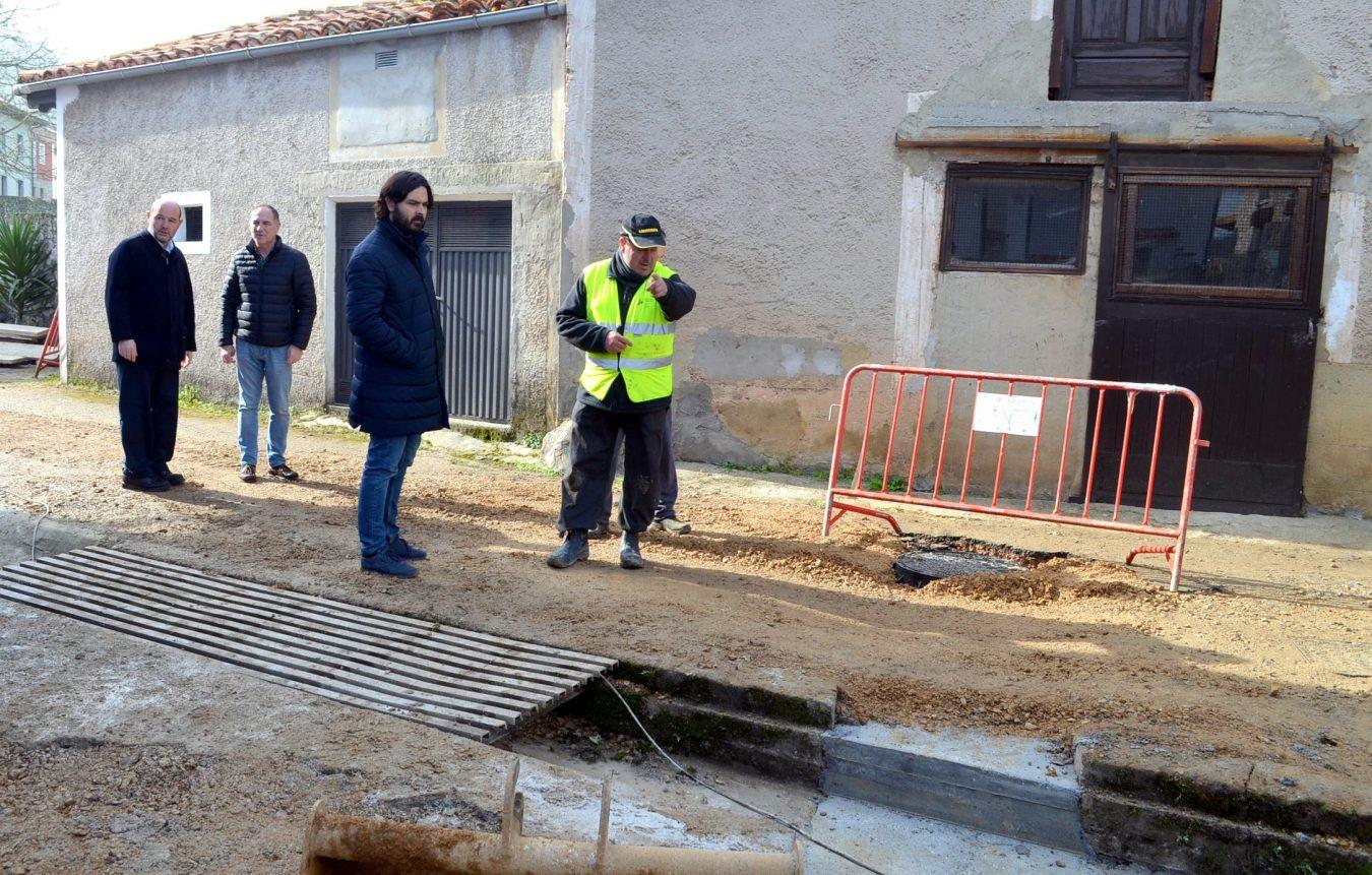 El saneamiento de Naves (Llanes) estará concluido a principios de marzo