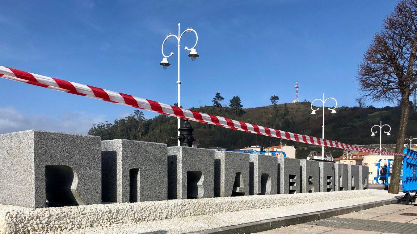 Nuevos aires y nuevas letras en el Paseo Princesa Letizia de Ribadesella