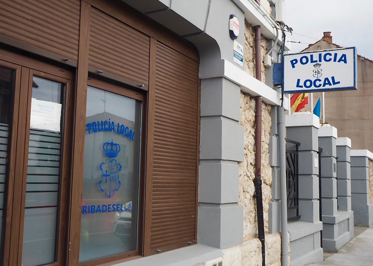 Ribadesella creará dos bolsas de trabajo para cubrir las plazas vacantes de agentes y auxiliares de la Policía Local