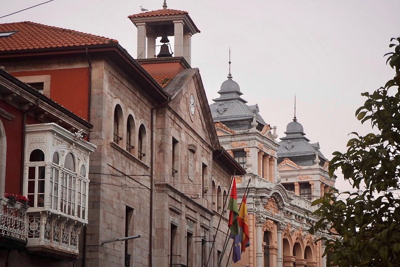 El Ayuntamiento de Llanes pide explicaciones por su inclusión en la alerta naranja anti-covid