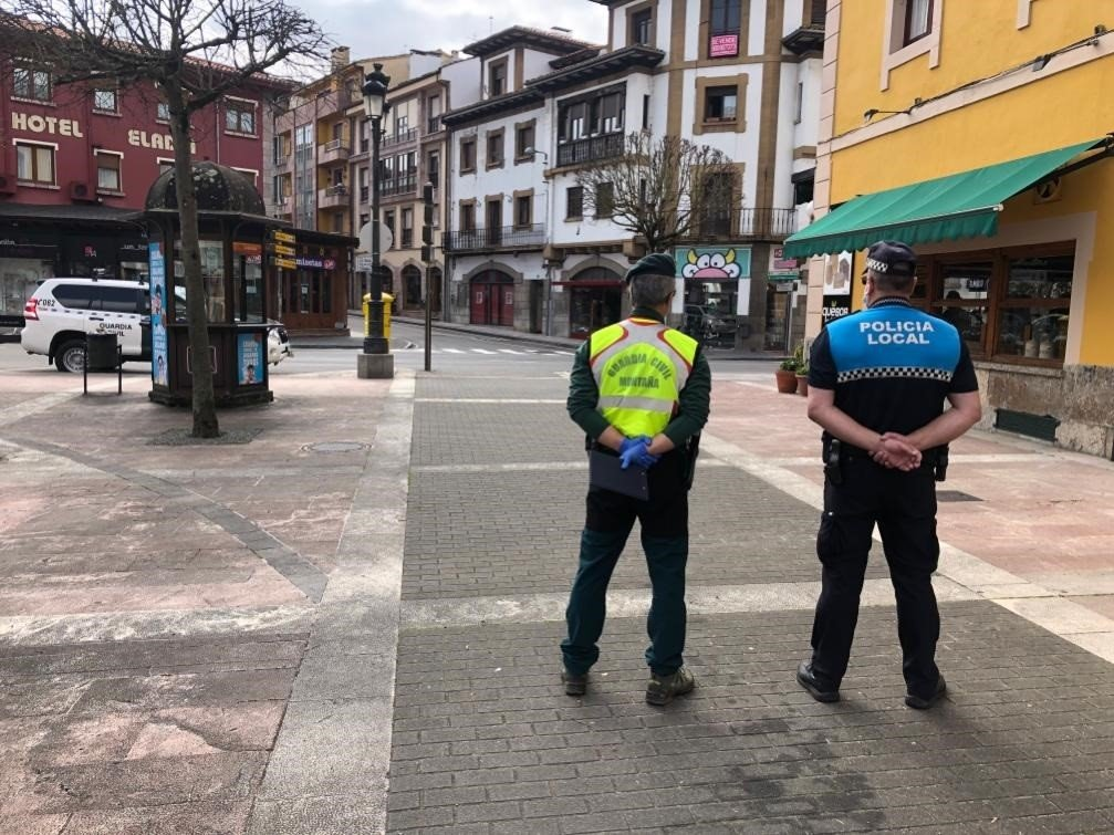 147 denuncias en Asturias en un solo día por incumplir el confinamiento
