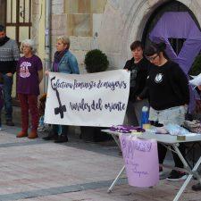 El 8M saca a la calle a les muyeres rurales del oriente de Asturias, «dueñas de nada, pero encargadas de todo»