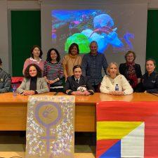 Mujeres de éxito en diferentes profesiones visitan a los alumnos del IES de Llanes