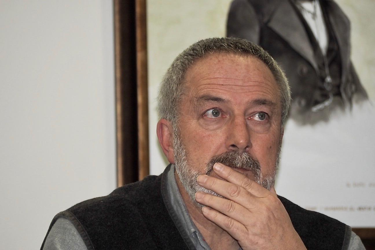 Díaz Bermúdez atribuye a Correos el recargo registrado en el recibo del agua de Ribadesella
