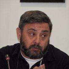 Pueblu denuncia recargos en los recibos del agua de Ribadesella que no están domiciliados