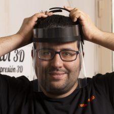 Dos meses de energía eléctrica gratis para los asturianos que fabrican pantallas 3D