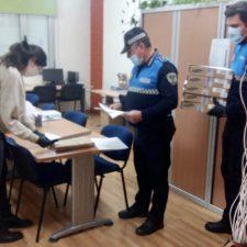 Cangas de Onís pone en marcha un servicio a domicilio de traslado de material escolar