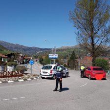 Un detenido y 39 personas denunciadas durante el primer mes de confinamiento en el concejo de Parres