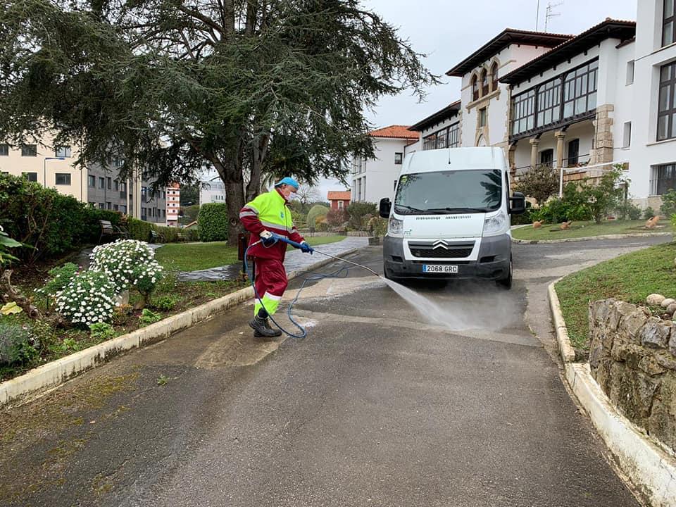 El Ayuntamiento de Ribadesella buzoneará todos los domicilios del concejo con mascarillas de protección