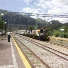 Fallece Emilio el de FEVE, el que fuera jefe de estación en Ribadesella y Lloviu