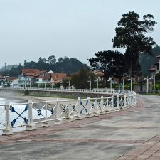 La playa de Ribadesella desierta en plena Semana Santa, sin público y sin Carreras de Caballos