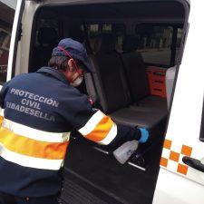 Protección Civil Ribadesella traslada al albergue de Gijón a dos transeúntes que llegaron al concejo en mitad de la pandemia