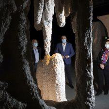 Canal asegura que este año comenzarán las obras de saneamiento del río San Miguel, el que atraviesa la cueva paleolítica de Ribadesella