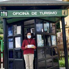 Comienzan las visitas turísticas en Ribadesella y el servicio de información en Onís