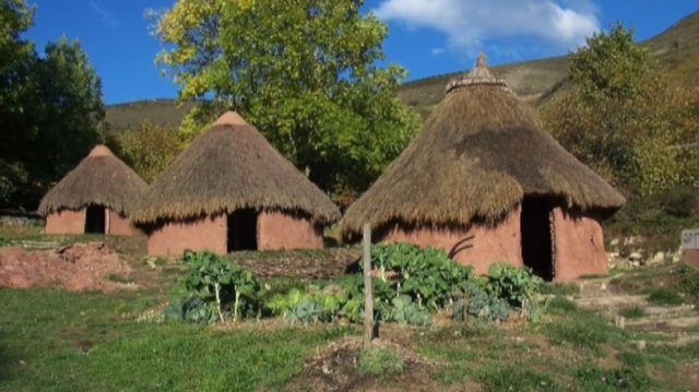 La tercera campaña arqueológica en el castro de Antrialgo buscará su posible relación con Pelayo y el origen del Reino de Asturias