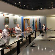 Representantes de los quesos Gamonéu y Beyos se reúnen con el Consejero de Desarrollo Rural