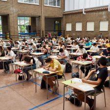 Comienza en Ribadesella la prueba EvAU de acceso a la Universidad para 169 bachilleres de la comarca