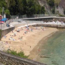 El nuevo acceso a la playa de El Escanu de Lastres se inaugura la semana que viene