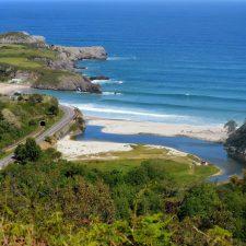 La playa de San Antolín es seleccionada para participar en un programa de Paisaje Limpio