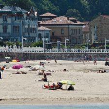 Las riosellanas playas de Vega y Santa Marina contarán con cámaras para controlar su ocupación a todas las horas del baño