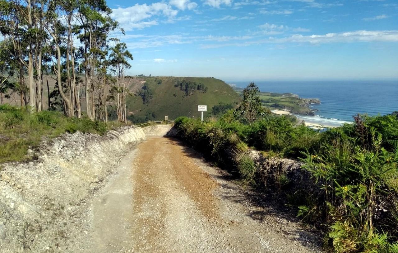La mejora de la senda costera de Llanes llega a San Antolín