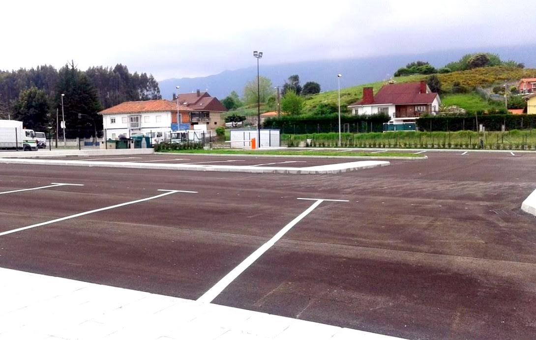 El Ayuntamiento de Llanes estudia habilitar nuevas áreas para el estacionamiento de autocaravanas y vehículos vivienda