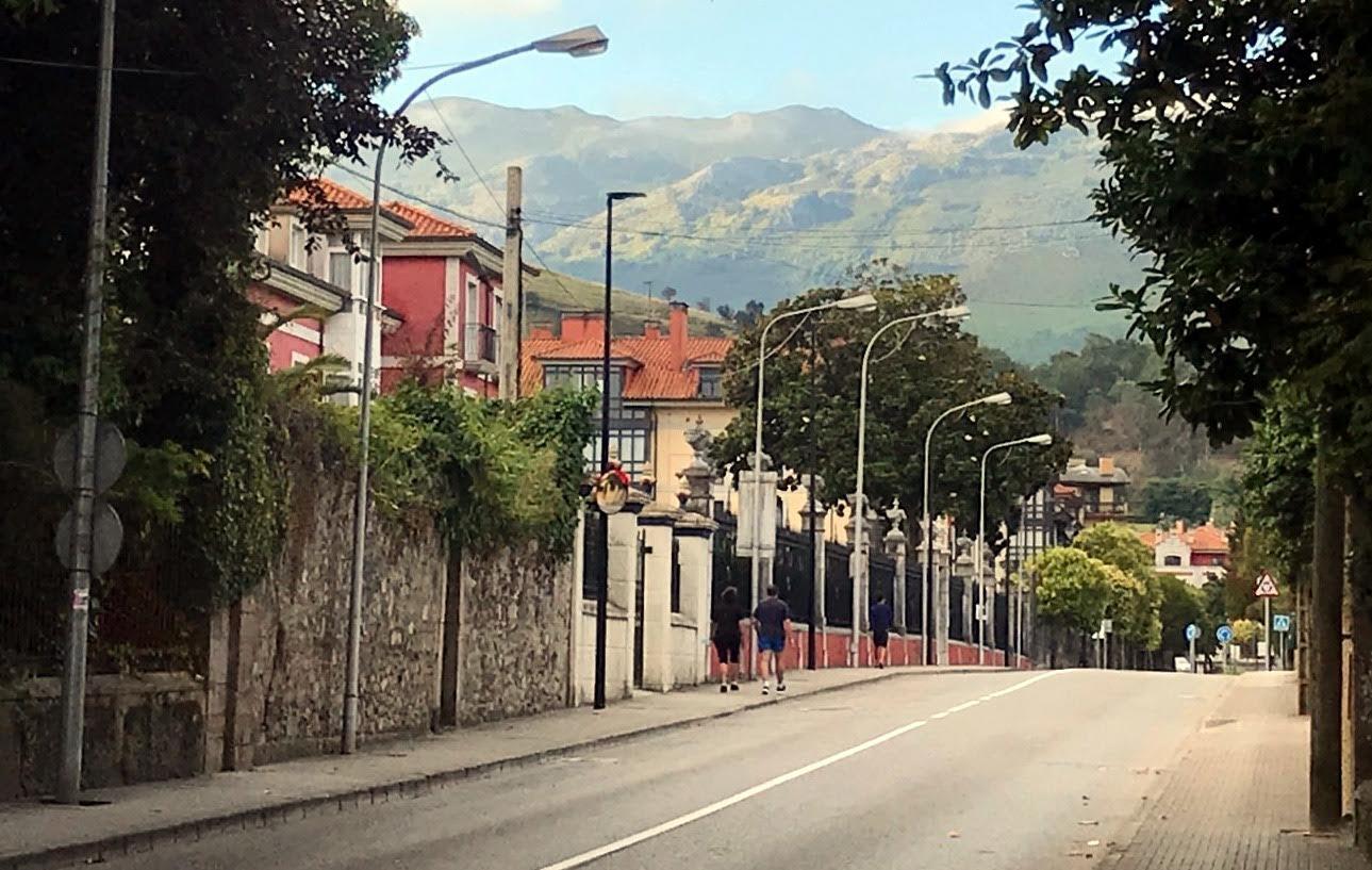 Recta final para la renovación de farolas en La Concepción y para la nueva estafeta de correos de Nueva