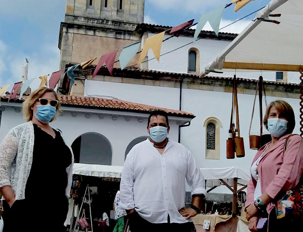 El Mercáu Tradicional Nos Alcuentros de Colunga inicia una nueva andadura con 17 paradas