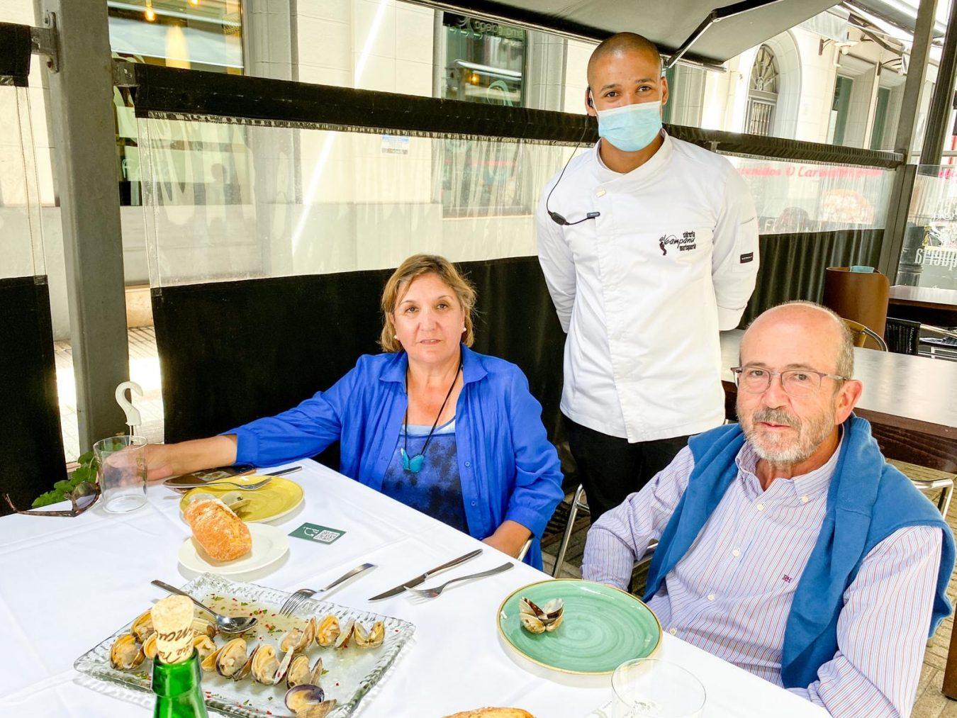 Encuentran una perla negra en una almeja servida en el nuevo restaurante El Campanu de Gijón