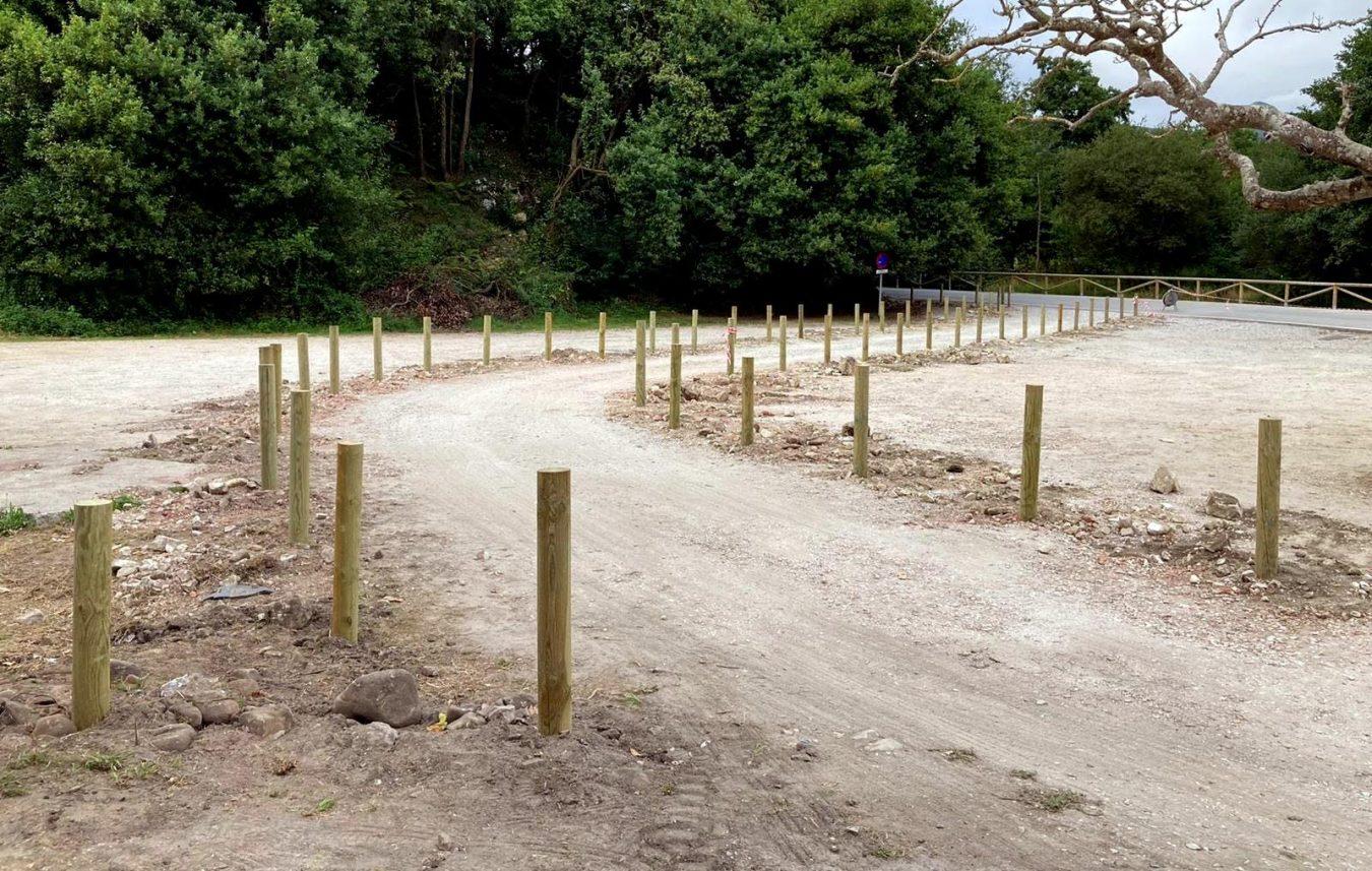 Una raqueta ordenará el tráfico en la playa de Cuevas del Mar e impedirá el estacionamiento de vehículos junto al arenal