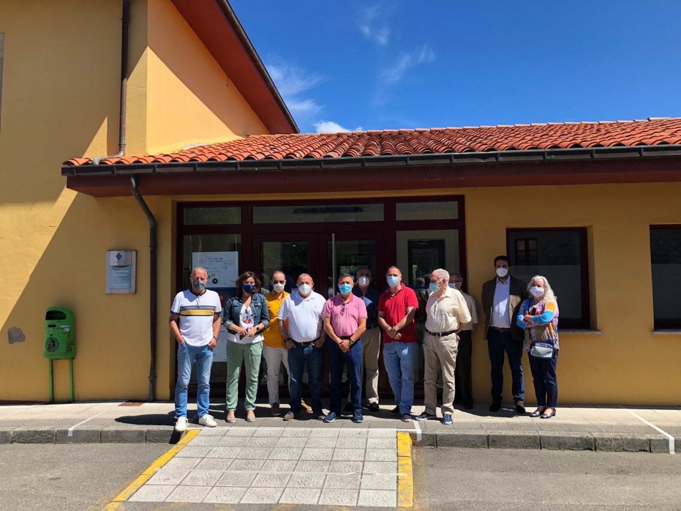 El PP lleva la reapertura de los consultorios médicos a los Ayuntamientos del oriente de Asturias