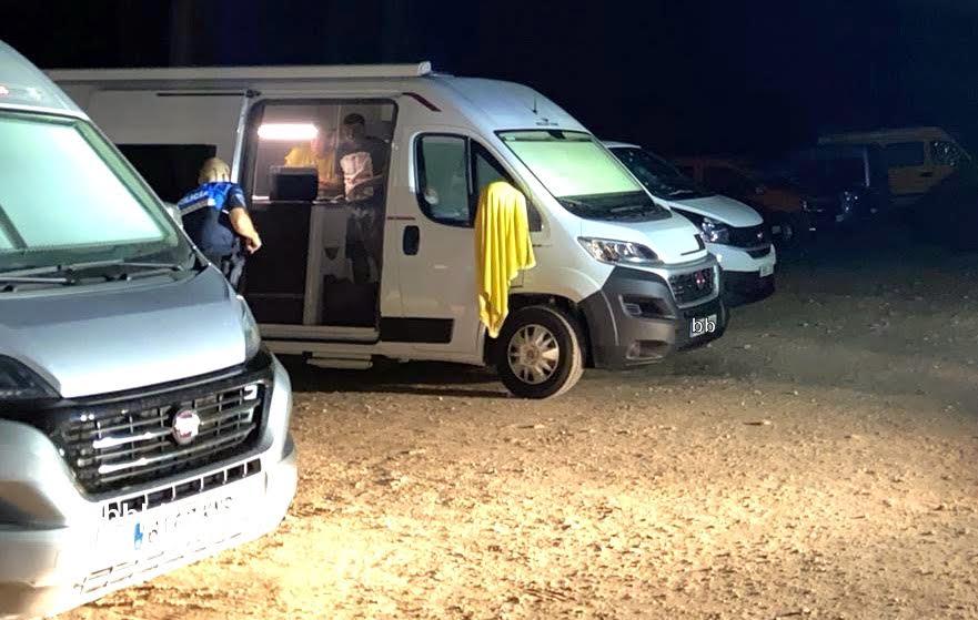La Policía de Llanes sanciona a 398 automovilistas y 109 autocaravanistas durante el fin de semana