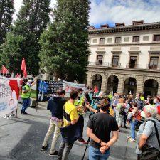 Concentración protesta de los trabajadores de ITVASA en su tercer día de huelga