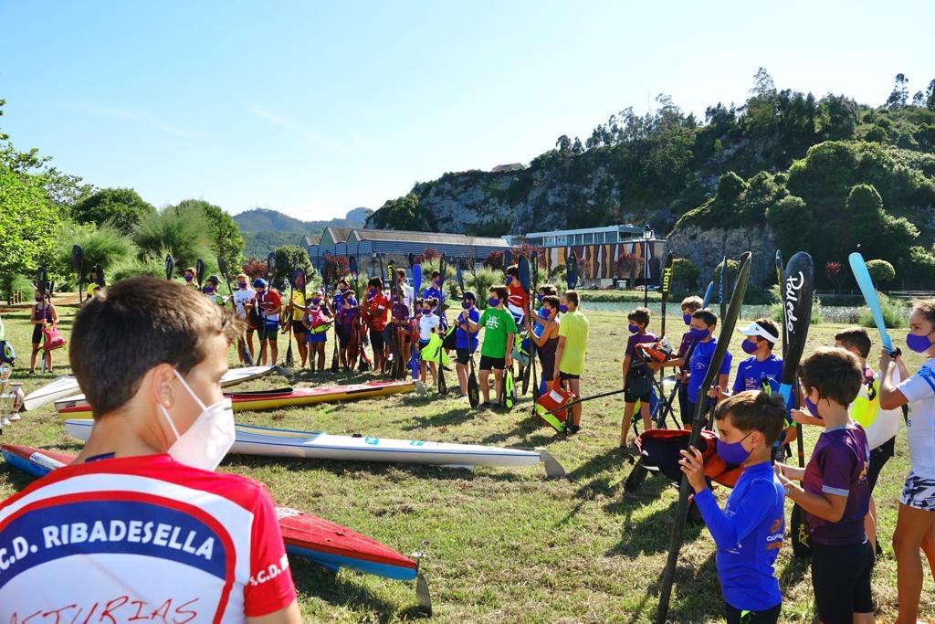 Entrenamiento especial en la ría de Ribadesella para evocar el cancelado Mini Sella