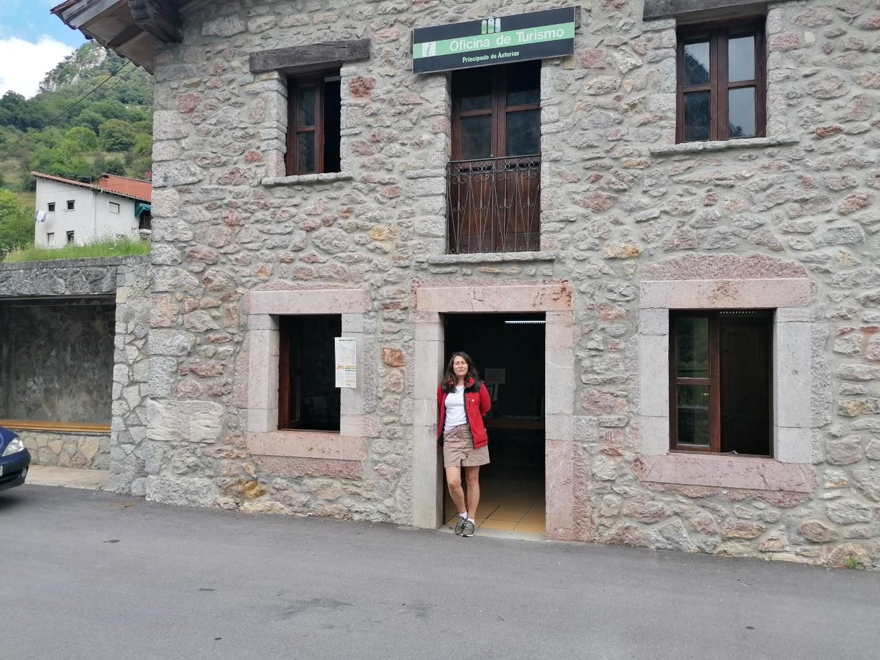 El Parque Nacional de los Picos de Europa estrena un nuevo punto de información turística en Trescares (Peñamellera Alta)