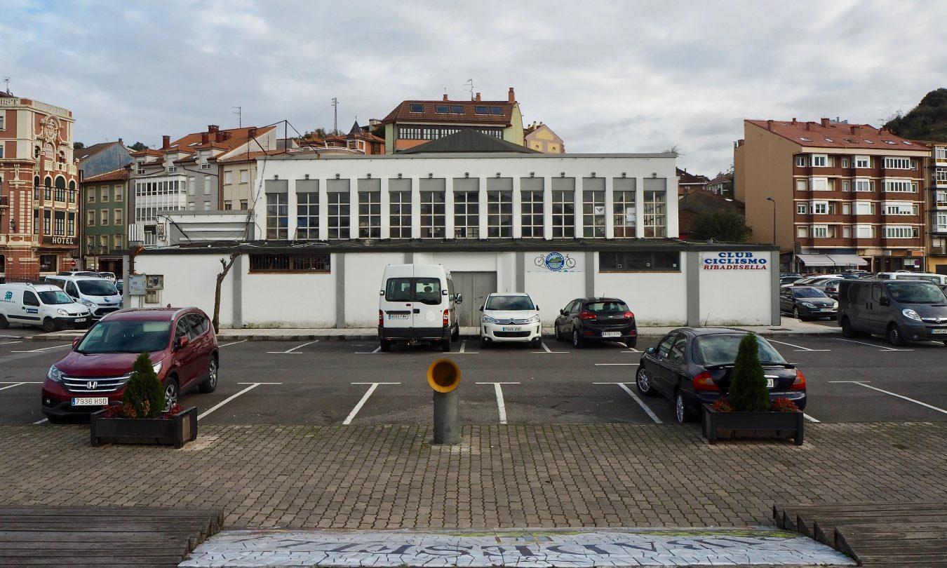 El uso futuro de la Plaza de Abastos de Ribadesella no debe de ser una hipoteca para el concejo, dice la plataforma