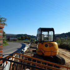 Ribadesella reanuda los trabajos que permitirán rematar, dos años después, la urbanización de la avenida de Tito Bustillo