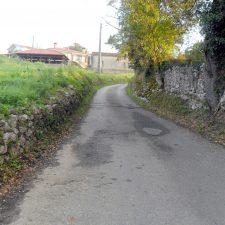 Esta semana comienzan las obras de mejora y ampliación del camino de acceso a Piñeres de Pría