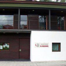 El Centro Social El Rinconín de Llanes recupera su actividad aunque solo en horario de tarde
