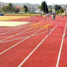 El Club Oriente Atletismo (COA) reanuda su actividad en las instalaciones de La Corredoria de Posada