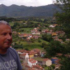 La Casa de Cultura de Ribadesella acoge el viernes la presentación de la primera novela de Xandru Martino