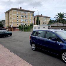 El PP de Ribadesella quiere que la pista de El Cobayu se vuelva a utilizar como aparcamiento en temporada alta