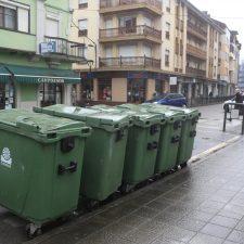 Parres subirá el recibido de la basura para soterrar los contenedores y hacer dos recogidas diarias