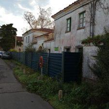 El PP de Colunga pide que el Estado devuelva al concejo el solar ocupado por el ruinoso cuartel de la Guardia Civil