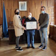 La Hermandad de Donantes de Sangre reconoce la colaboración altruista del Ayuntamiento de Piloña
