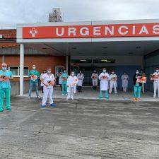 Los facultativos del Hospital de Arriondas se suman a la huelga nacional de médicos con una concentración