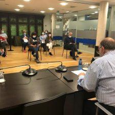 Canal reunirá a la Junta de Portavoces para analizar las posibles ayudas covid al tejido empresarial de Ribadesella
