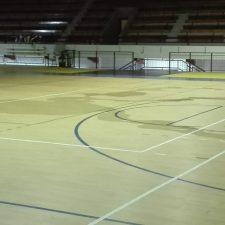 Pueblu pide elevar a 30.000 euros la inversión necesaria en el Polideportivo Municipal de Ribadesella