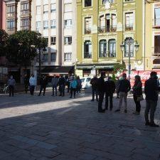 La hostelería y el comercio del Oriente de Asturias salen a la calle para protestar por la situación límite de sus negocios