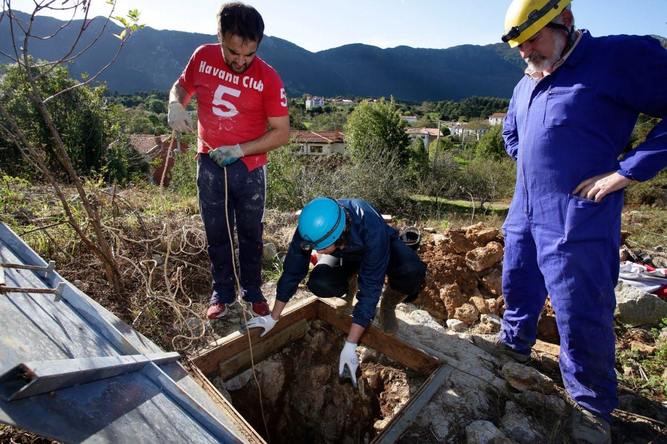 Las excavaciones paleontológicas en La Rexidora de Cuerres (Ribadesella) volverán el año que viene